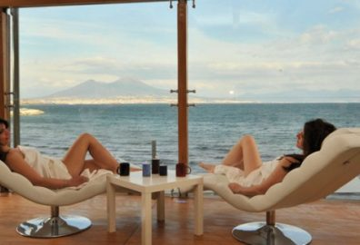 Pausilya Therme - Le Terme affacciano su mare e Vesuvio